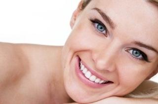 3 Dicas Para Branquear Os Dentes Naturalmente Em Casa Feminina